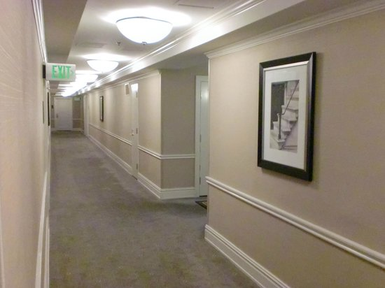 The Chase Park Plaza Royal Sonesta St. Louis: 9Fの廊下