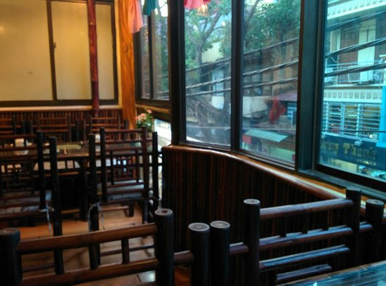Orchid Cooking Class & Restaurant: Window seat recommended