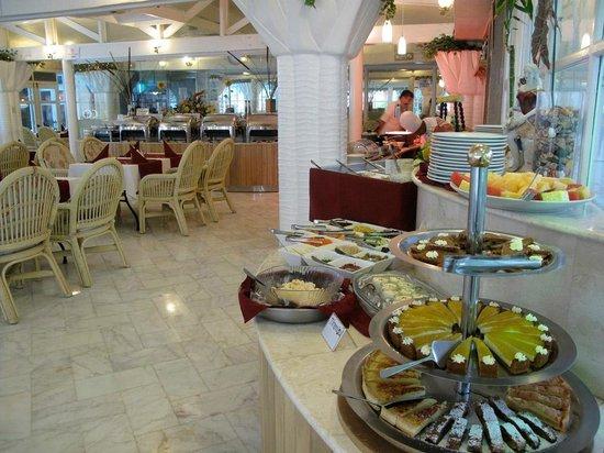 Clarkton Hotel: resto .. nice buffets daily