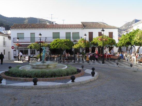 Plaza Espana Benalmadena: Plaza Espana, Benalmadena Pueblo.