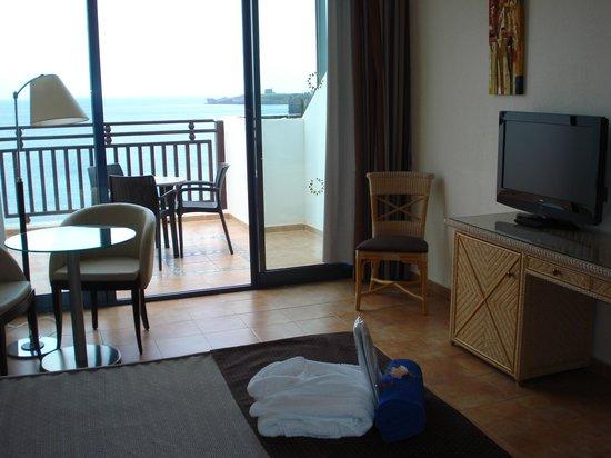Sandos Papagayo Beach Resort: Balcony (suite)