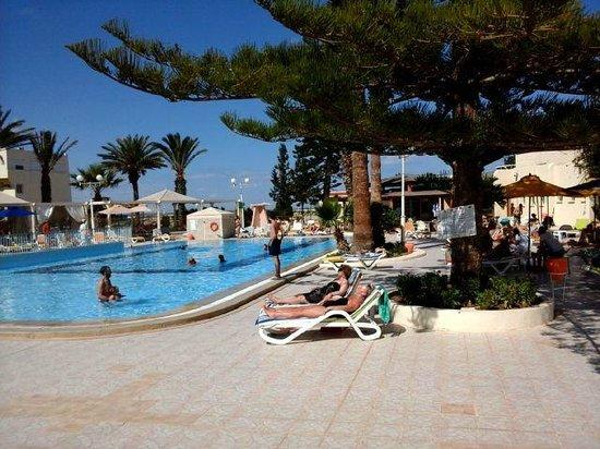 Hotel Abou Sofiane: Pool