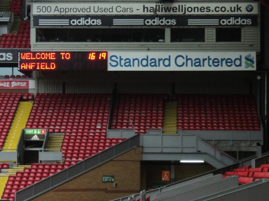 Anfield Stadium: Carteles