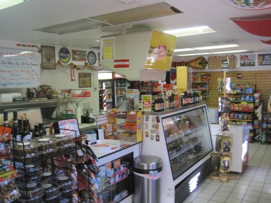 Windmill Market and Produce: Inside the store, view from just inside the front entrance