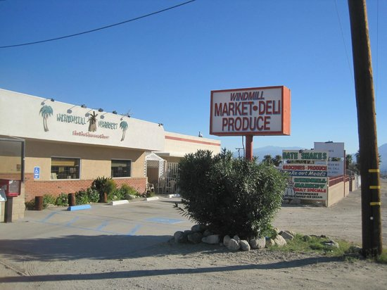 Windmill Market and Produce : The front of Windmill Market