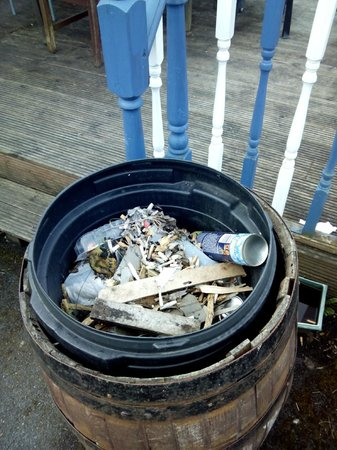 The Swan on the Square: Deck dustbin with deicer can, not been icy for some time!!!