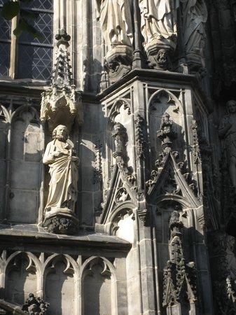 Aachen Cathedral (Dom): Внешний вид собора