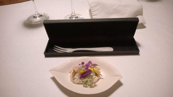 Mugaritz : Delightful dessert with fork!