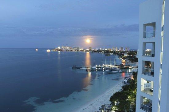 Hotel Riu Palace Peninsula: What a view ..