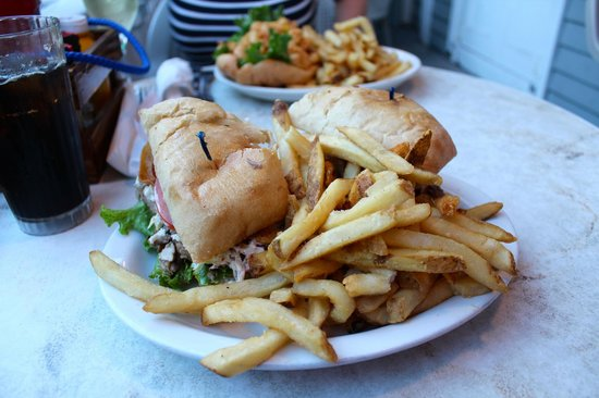Fogarty's: Pulled Pork Sandwich