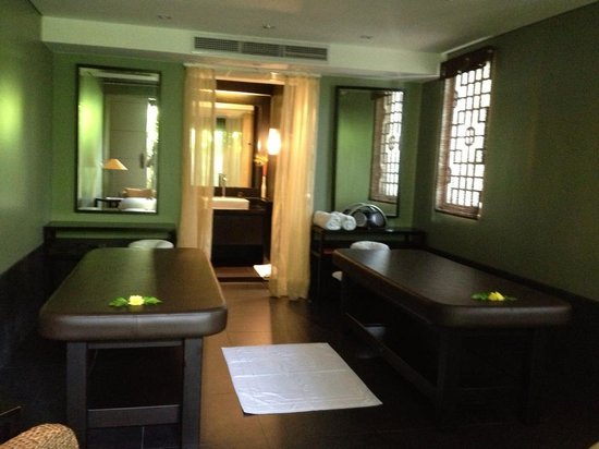 The Pavilions Phuket: Spa and Pool Pavilions spa room