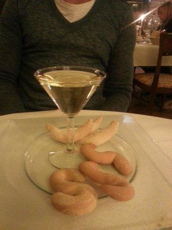 Relais Leon D'Oro: dolce e vino tipici