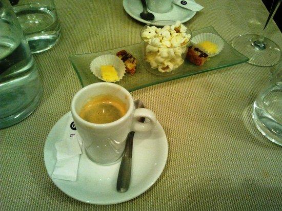 O Relais de la Cote : café, et ses miniardises