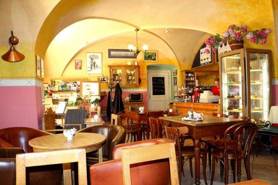 Cafe Ebel: Cafe von innen