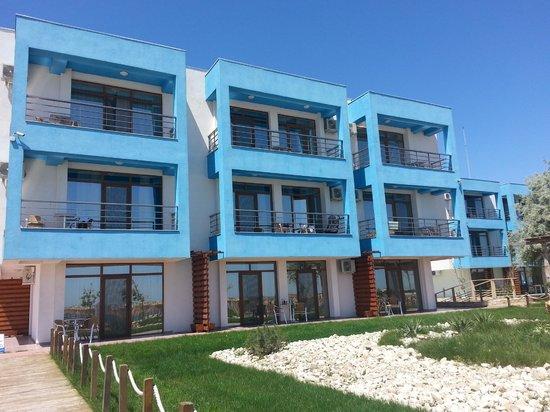 Blue Beach Studios: Stanze con balcone verso il mare