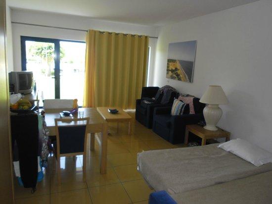 Apartamentos Turisticos da Orada: living area