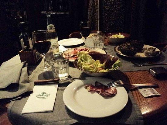 Mussol Aragó: Холодные закуски