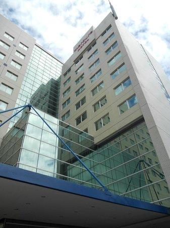 Mercure Salvador Rio Vermelho : The hotel