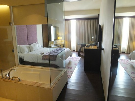 Hotel Royal Orchid, Jaipur: Room