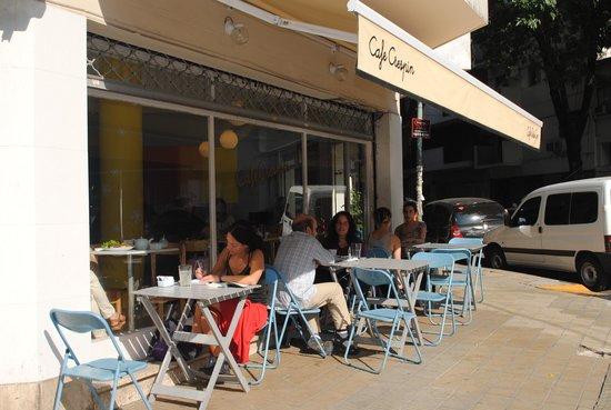 Exterior Cafe Crespin