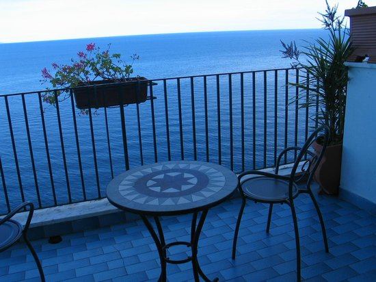 Hotel Il Nido: Balcony