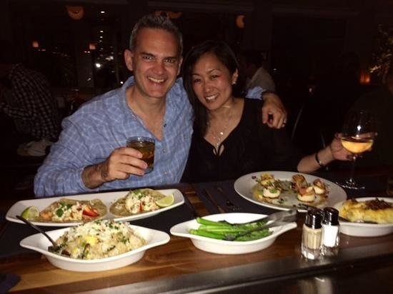 Eddie V's Prime Seafood: great dinner at the bar
