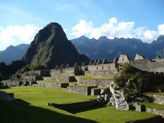 Habitats Peru Travel: MACHUPICCHU ON JUNE 21ST