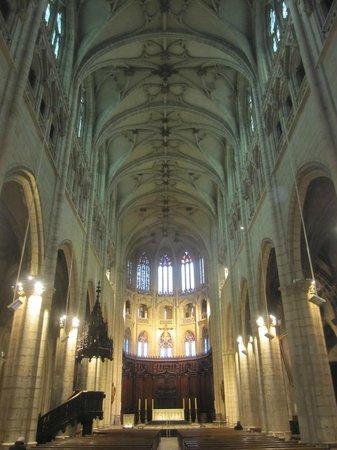 Eglise Saint Nizier : Interior