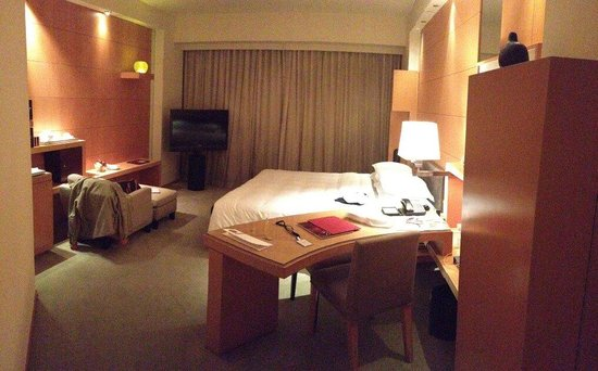 Grand Hyatt Hong Kong: 8th floor's room