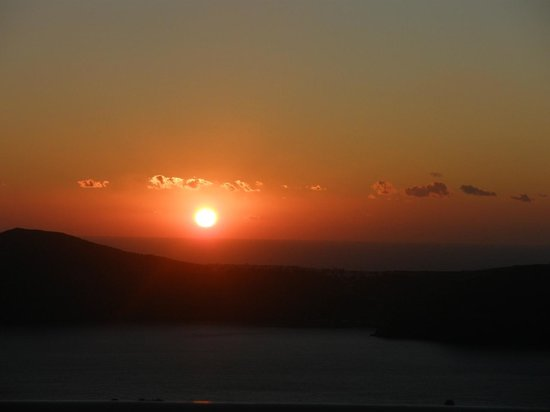Hotel Sunny Villas: sunset view from veranda