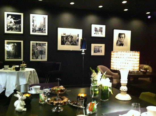 Petit Hôtel Confidentiel : La salle du petit-déjeuner