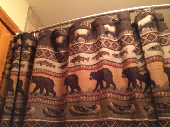 Superior Shores Resort: Bathroom details