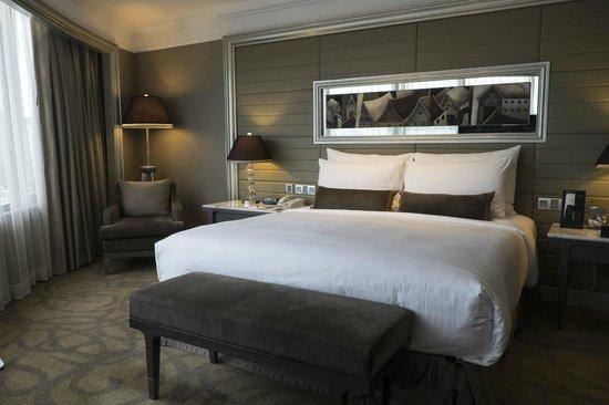 InterContinental Bangkok: The bedroom