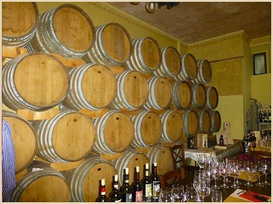 Tenuta Torciano : the monday is fast arriving......make sure you got a sufficient wine bottles to drink for this w