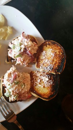 Sirens Cafe: For only $12. You too can enjoy fishy tasting lobster sliders served on burnt rolls.