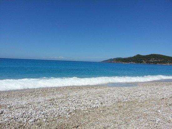 NOA Hotels Oludeniz Resort Hotel: Местный пляж