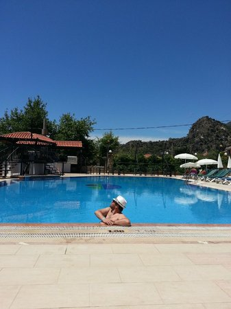 NOA Hotels Oludeniz Resort Hotel: Бассейн relax