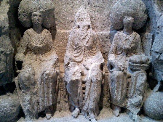 Römisch-Germanisches Museum: Matron goddesses