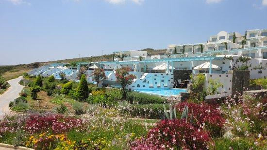 Atrium Prestige Thalasso Spa Resort and Villas: Anlage (vorne Zimmer/Suiten mit Privatpool, oben Zimmer mit Meerblick)