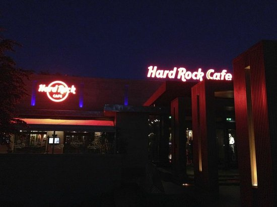 Hard Rock Cafe : Вход в ресторан