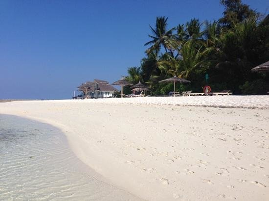 Ellaidhoo Maldives by Cinnamon : It's a hard life..
