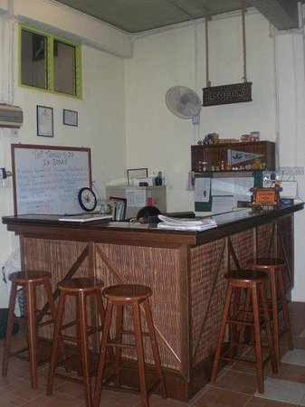 Borneo Backpackers: Reception