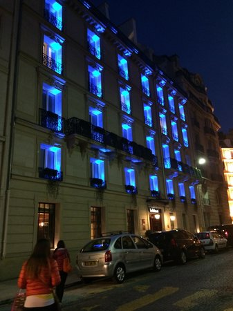 Le Belmont Hotel : Bu gece de mavi..