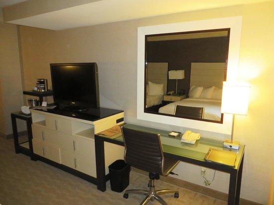 Hilton Los Angeles Airport: room