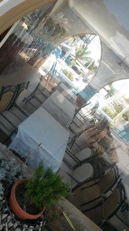 Pefkos Beach Hotel: Nostalgia Restaurant
