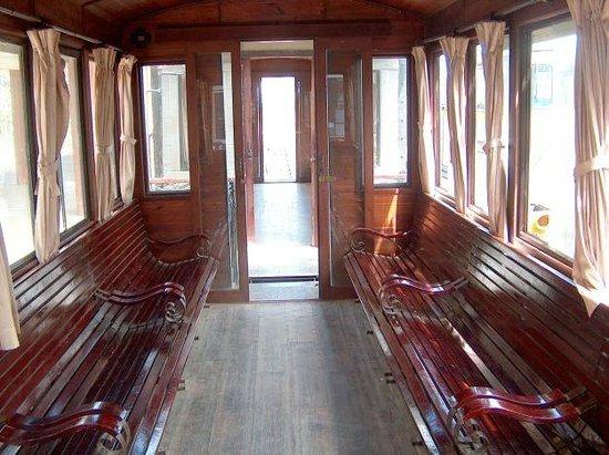 Dalat Railway Station : inside of the wagon