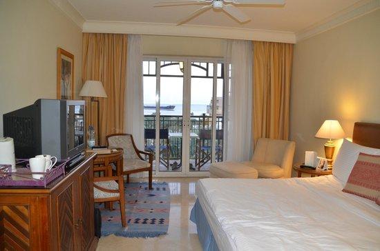 Movenpick Resort & Residences Aqaba : Our lovely room
