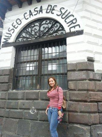 Museo Casa de Sucre: en la entrada del museo