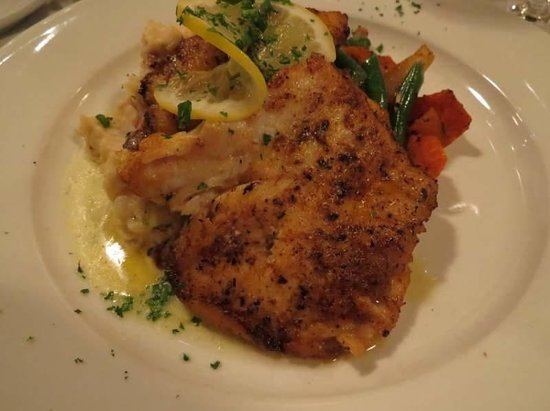 The Copper Door: Corvina fish on garlic mashed potatoes and veggies