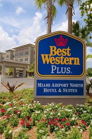 BEST WESTERN PLUS Miami Airport North Hotel & Suites: Exterior
